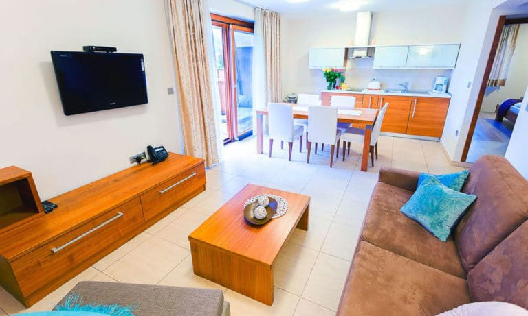 Villa-Aina-Apartment7-768x461